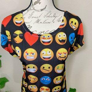 Tops - Emoji Smiley Casual Top